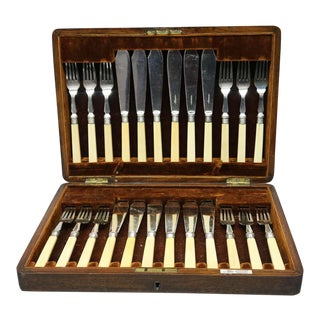Antique English Walker & Hall Silver Plate and Bone Fish Cutlery Set with Case - 24 Pieces For Sale