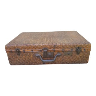 19th Century Chinese Woven Bamboo Suitcase For Sale