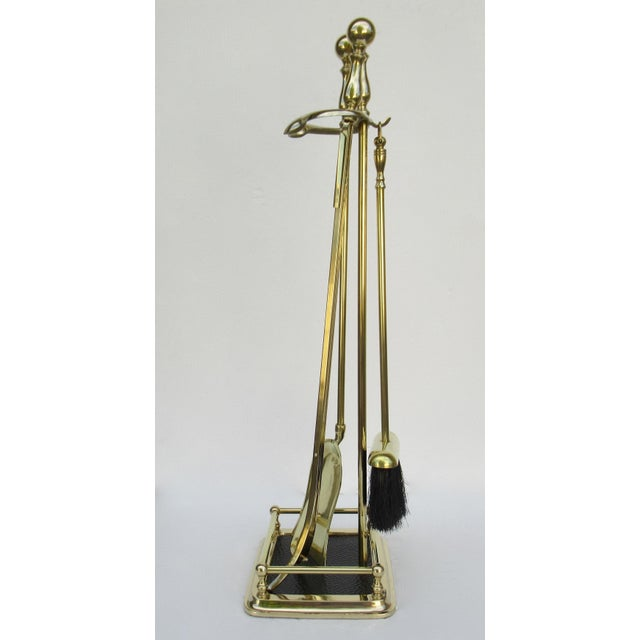 American Classical Vintage C.1970s Brass Fireplace Tool Set and Holder - 4 Pieces For Sale - Image 3 of 13