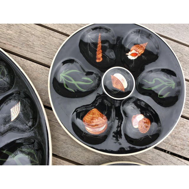 "Boho Chic Vintage Quimper Guy Trevoux ""Sea Life"" Faïence Oyster Service for 6 For Sale - Image 3 of 12"