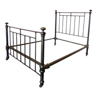 19th Century Traditional Double Brass and Cast Iron Bedframe For Sale
