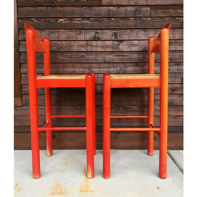 Vico Magistretti 1960s Mid-Century Modern Cassina Style Red Cane Seat Bar Stools - a Pair For Sale - Image 4 of 12