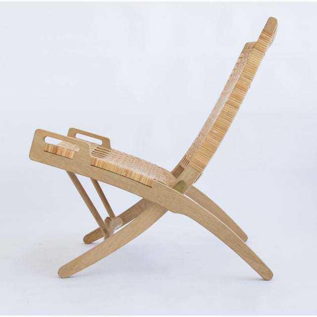 Pair of Oak and Cane Folding Lounge Chairs by Hans Wegner for PP Møbler For Sale In Los Angeles - Image 6 of 11