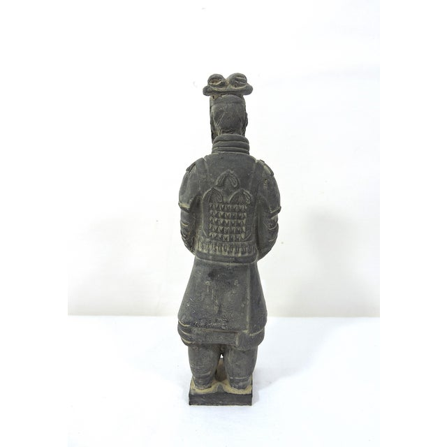 Vintage Chinese Terracotta Warrior Figure (X'ian), Boxed Statue For Sale - Image 4 of 9