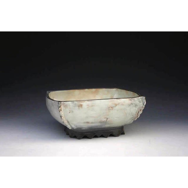 Contemporary Kang Hyo Lee, Puncheong Squared Bowl With Ash Glaze 4, Ca. 2012 For Sale - Image 3 of 3