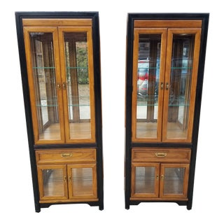 Thomasville Embassy Lighted Display Cabinets-a Pair For Sale