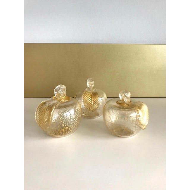 Set of Three Seguso Murano Glass Apples With Gold Flecks For Sale - Image 10 of 11