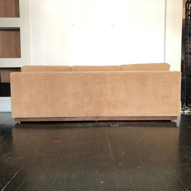 Mueller Furniture 1960s Mueller Widdicomb Plinth Base Sofa For Sale - Image 4 of 13