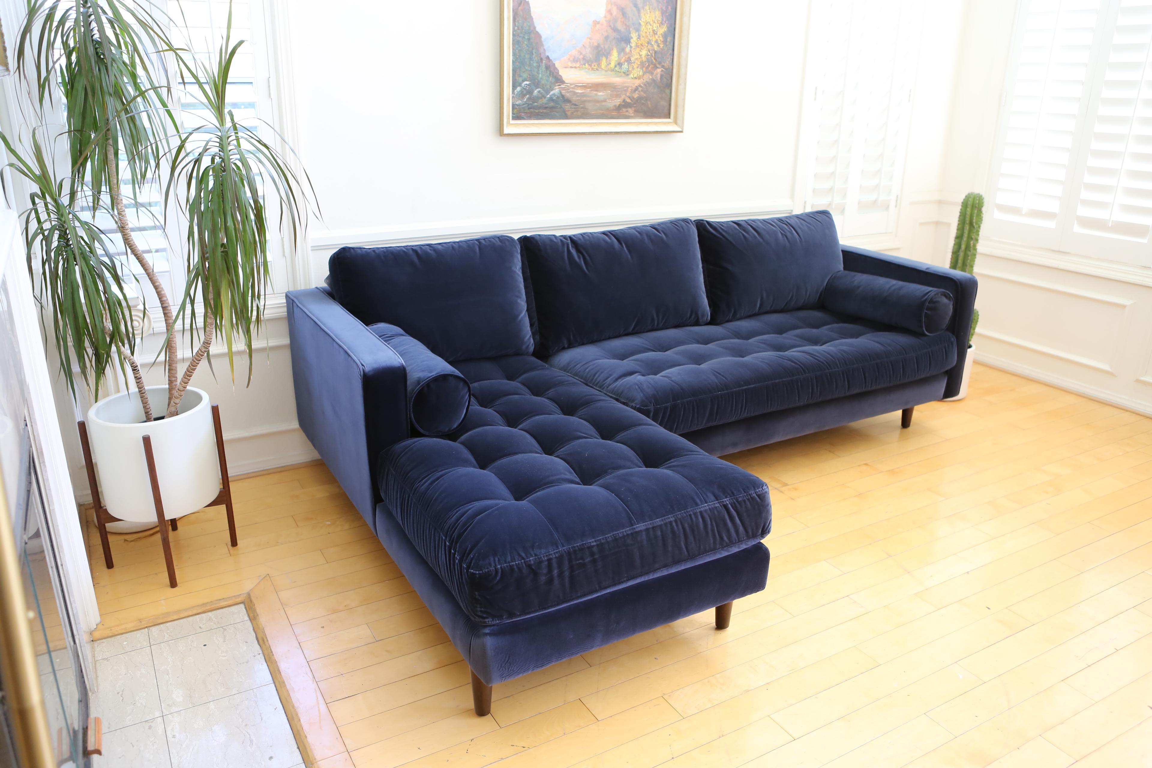 Favorite Mid Century Modern Navy Blue Velvet Sectional Sofa | Chairish HF41