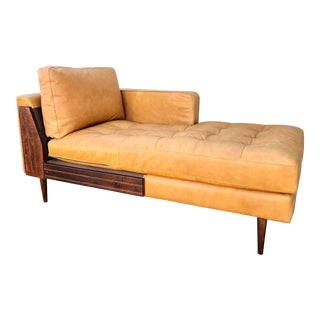 1960s Italian Art Deco Cowhide and Leather Chaise Lounge