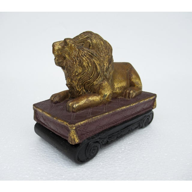 Hollywood Regency C.1980s Gilt Carved Lion Accent Piece / Paperweight on Attached Pedestal Scroll Base For Sale - Image 3 of 13
