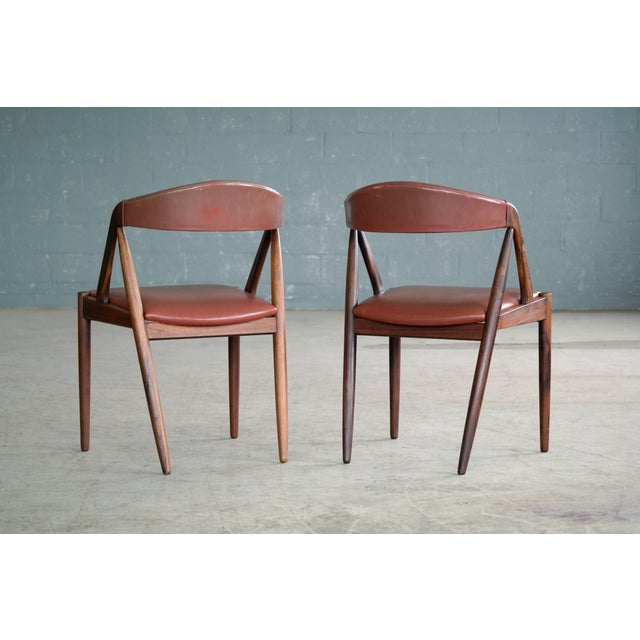Kai Kristiansen Rosewood and Red Leather Model 31 Dining Chairs - Set of 5 For Sale - Image 10 of 13