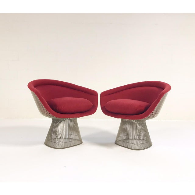 Mid-Century Modern Warren Platner for Knoll Lounge Chairs Restored in Loro Piana Red Cashmere - Pair For Sale - Image 3 of 13