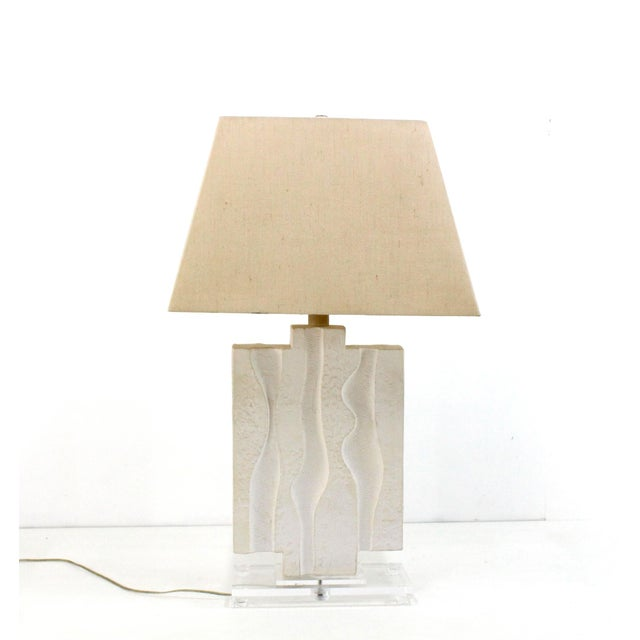 Acrylic Mid Century Plaster Lamp on Lucite Base For Sale - Image 7 of 7