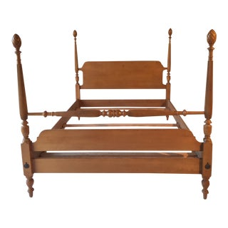 Vintage Blond Mahogany Pineapple Double Bed