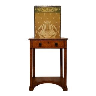 1825 George IV Burr Elm Dressing Table For Sale