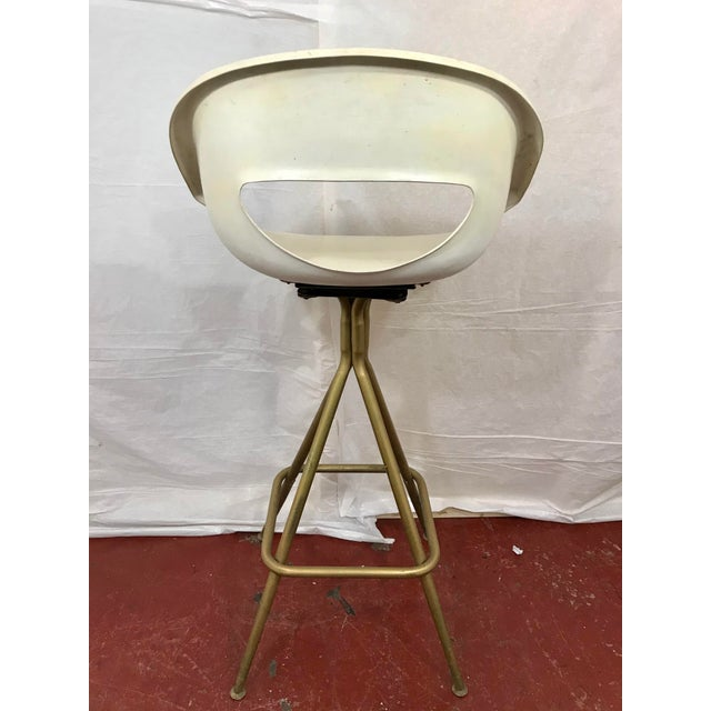 Mid-Century Modern Vintage Mid Century Barstools - Set of 4 For Sale - Image 3 of 10