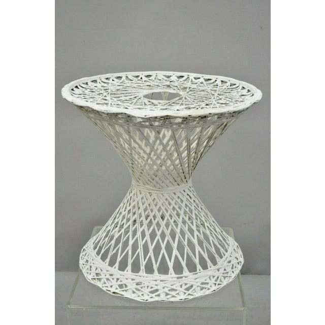 """Vintage Russell Woodard spun fiberglass woven 18"""" accent side table. Item features woven spun fiberglass frame, very nice..."""