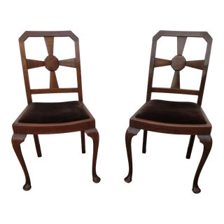 Antique Cabriole Leg Bun Foot Back Splat Roman Style Side Chairs - a Pair For Sale