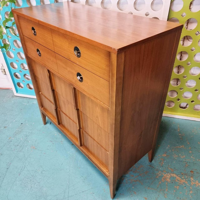 Look at that grain! Mid Century Walnut Dresser By Basic Witz features 5 drawers with fabulous walnut grain, contrasting...