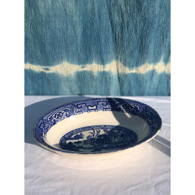 Ceramic 1930s Vintage Blue Willow Ware Serving Bowl 1930's by Homer Laughlin For Sale - Image 7 of 9