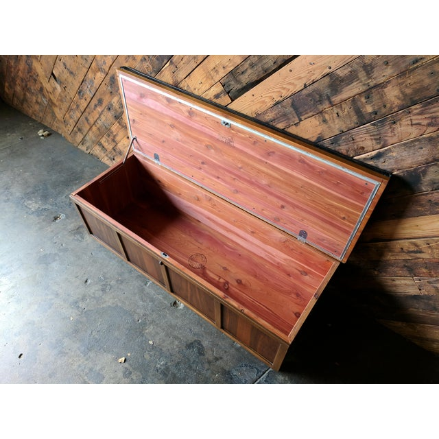 Red Lane Cedar Lined Blanket Chest/Bench For Sale - Image 8 of 10