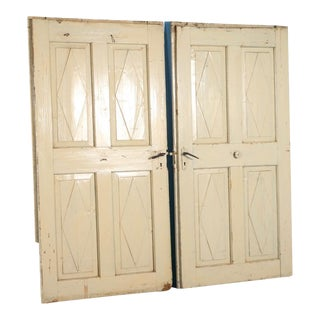 19th Century Swedish Painted White Doors - Set of 2 For Sale