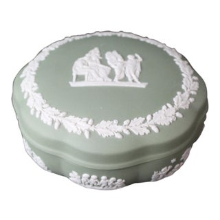 Wedgwood English Traditional Green Box For Sale