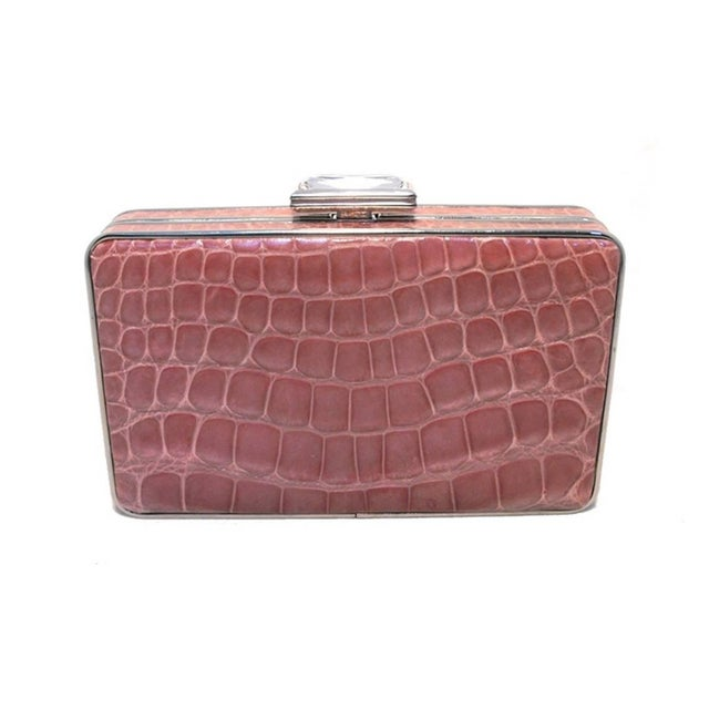 Contemporary Judith Leiber Pink Alligator Box Clutch With Crystal Closure For Sale - Image 3 of 9