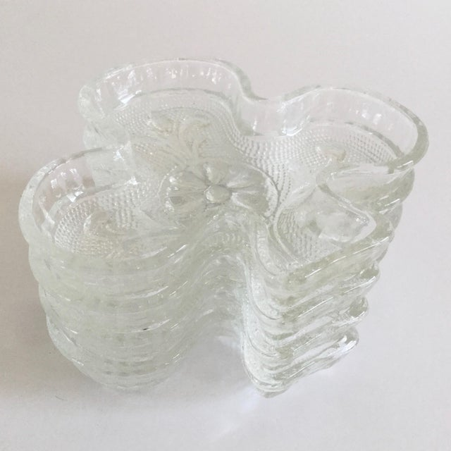 Glass 1970s Contemporary Indiana Glass Company Clover Shaped Dishes - Set of 4 For Sale - Image 7 of 7