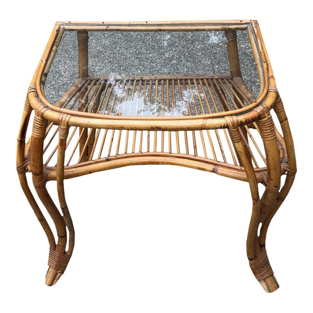 20th Century Boho Chic Rattan and Bamboo Side Table For Sale