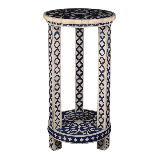 Imperial Beauty Double Shelf Round Table in Indigo/White For Sale