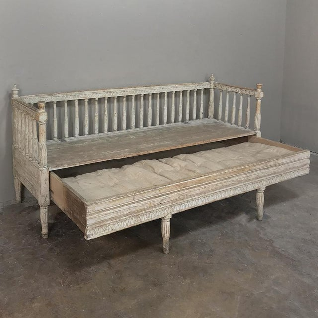 18th Century Swedish Gustavian Period Day Bed ~ Hall Bench Ca. 1790 For Sale - Image 9 of 13