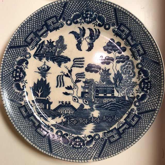 Willow and Reed Blue and White Chinoiserie Willow Plates- Japan - Set of 3 For Sale - Image 4 of 7