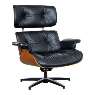 Mid Century Modern Selig Black Vinyl and Walnut Lounge Chair Style Eames Herman Miller For Sale
