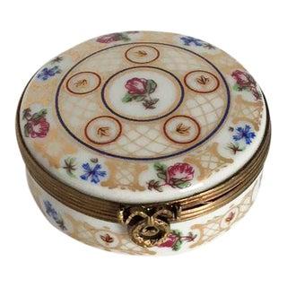 Limoge Je T'aime Petite Fleur Round French Box