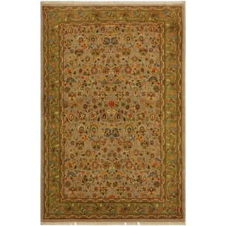 Istanbul Crysta Lt. Gray/Lt. Green Turkish Hand-Knotted Rug -4'2 X 6'3 For Sale