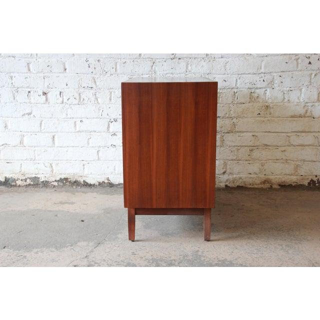 Kipp Stewart for Calvin Furniture Mid-Century Modern Walnut Bachelor Chest, 1950s For Sale - Image 10 of 12