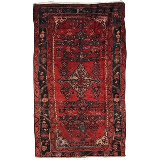 """Vintage Lilian Wool Area Rug - 3'11"""" X 6'9"""" For Sale"""