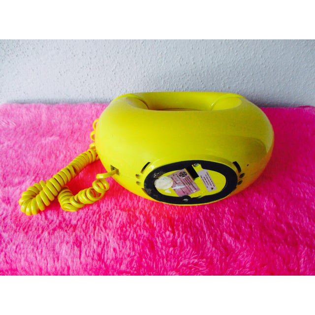 Bright Yellow Sculptura Donut Telephone Phone - Image 9 of 11