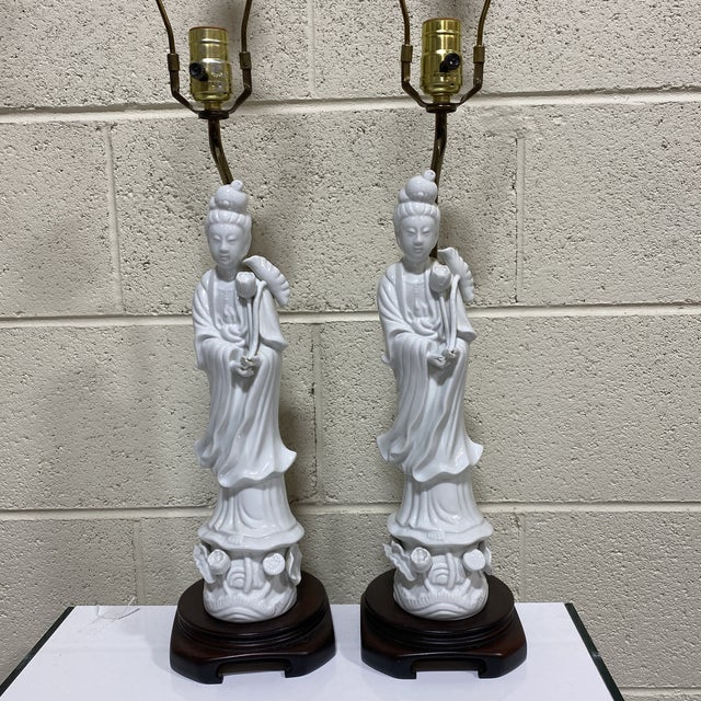 Seyei Fine China Quan Yin Lamps - a Pair For Sale - Image 10 of 10