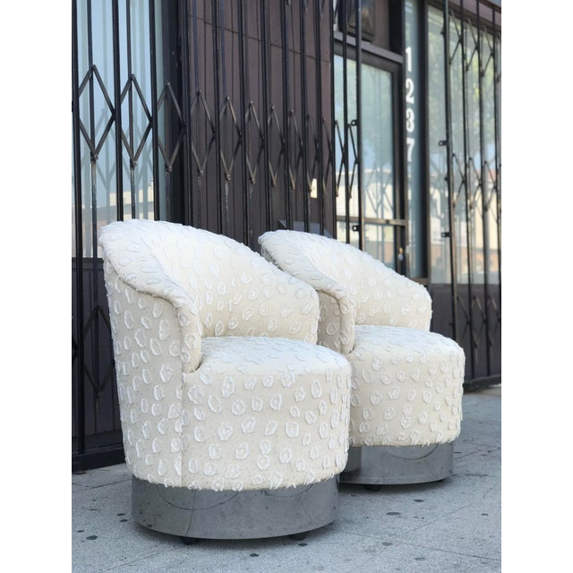 Rolling Chairs With Chrome Base in the Manner of Milo Baughman For Sale - Image 13 of 13