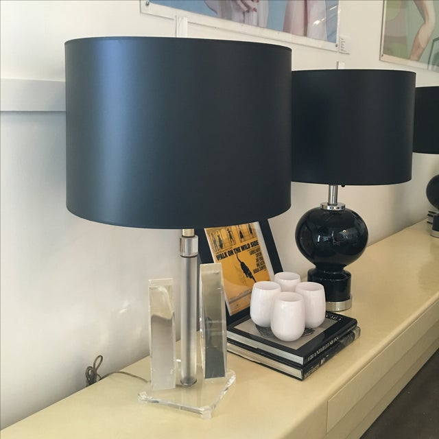 Mid Century Modern Sculptural Acrylic Table Lamp Attributed to Van Teal - Image 4 of 8