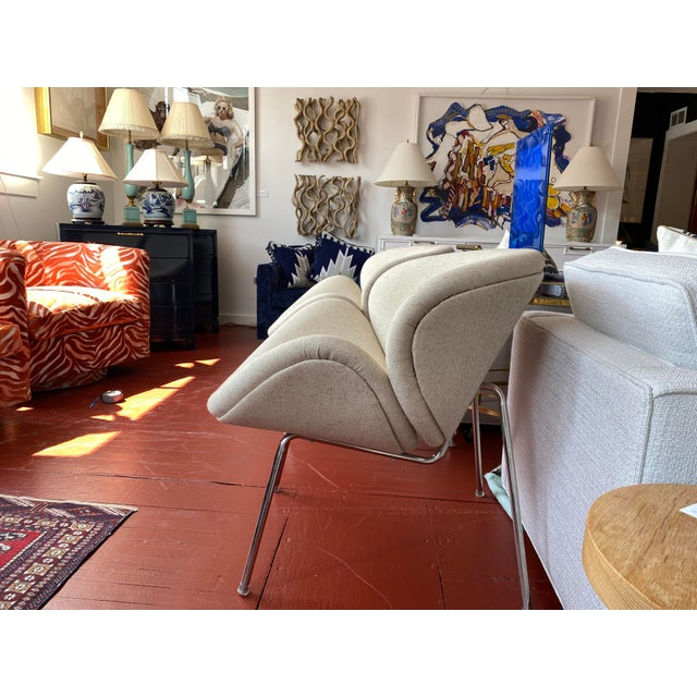 Pair of Vintage Tulips Chairs With Newly Upholstered For Sale - Image 4 of 13