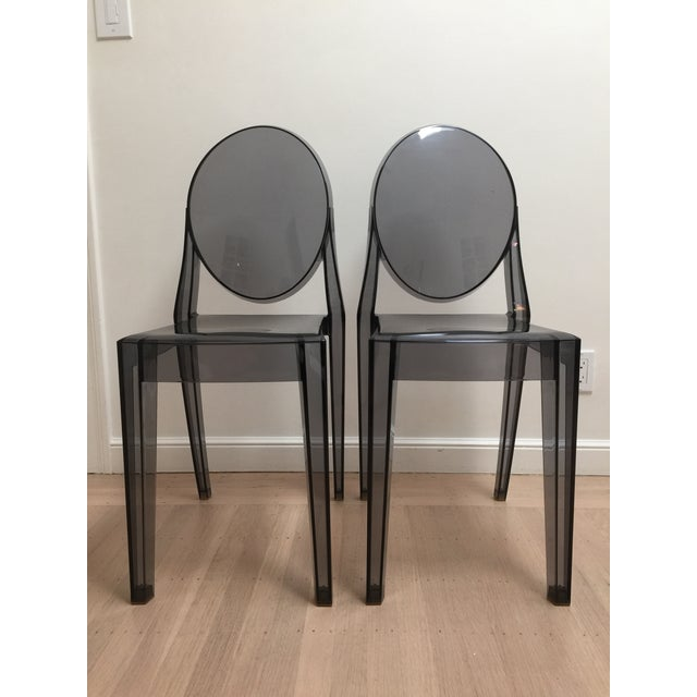 Philippe Starck Smoke Louis Ghost Chairs -Set of 2 For Sale In San Francisco - Image 6 of 8