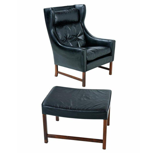 1960s Borge Mogensen Style Black Leather & Rosewood Wingback Lounge Chair & Ottoman For Sale - Image 5 of 9