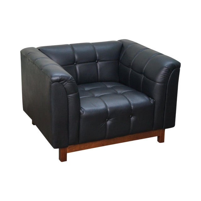 Mid Century Modern Black Faux Leather Tufted Club Chair For Sale