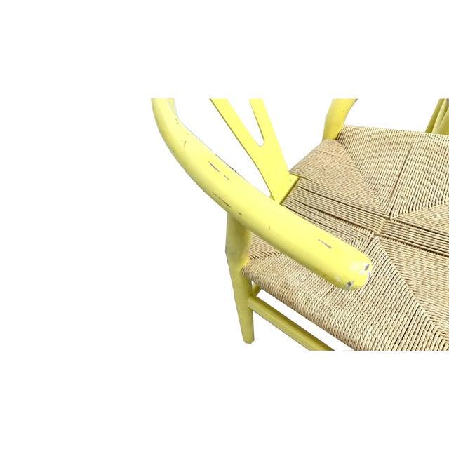 Hans Wegner Hans Wegner Wishbone Chairs - Set of 4 For Sale - Image 4 of 7