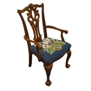 Universal Furniture Cherry Traditional Chippendale Style Dining Arm Chair For Sale
