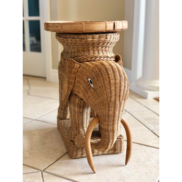 1970s 1970s Vintage Boho Chic Wicker Rattan Elephant Side Tray Table For Sale - Image 5 of 6